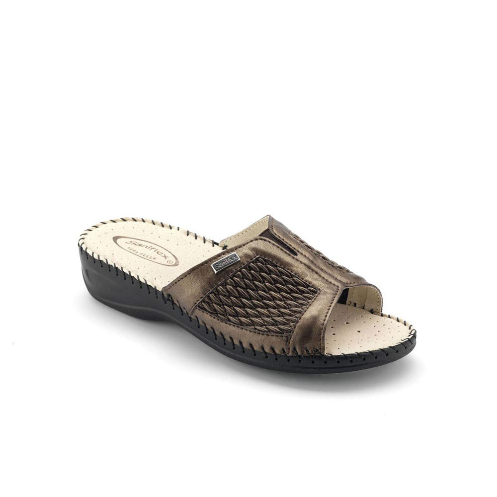 Hand sewn Slipper for women, with Laminated Stretch Upper