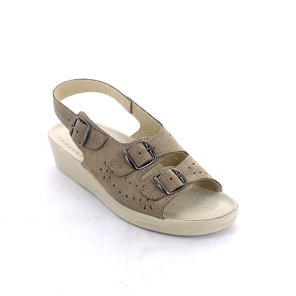 Summer sandal for women with padded insole