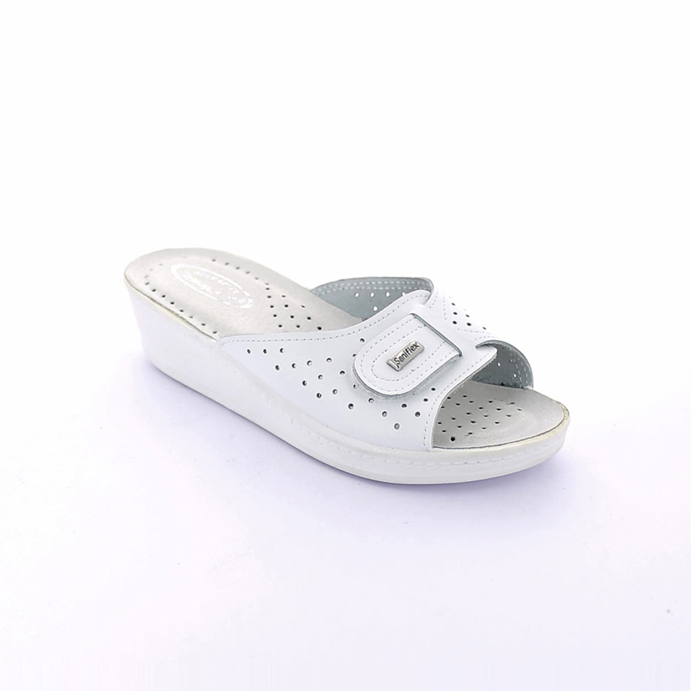 Summer slipper for women with padded insole